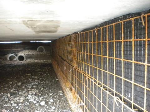 Defection of GRS abutment on underground stormwater IGS Bridge.